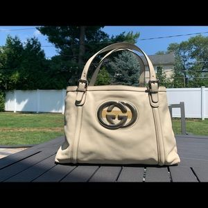 100% Authentic Preowned Gucci Leather Tote.